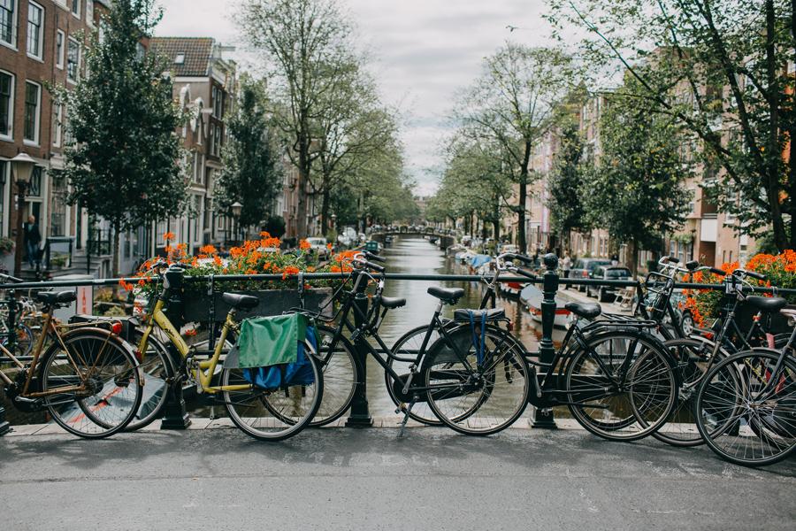006-amsterdam-bikes-travel-photography.jpg