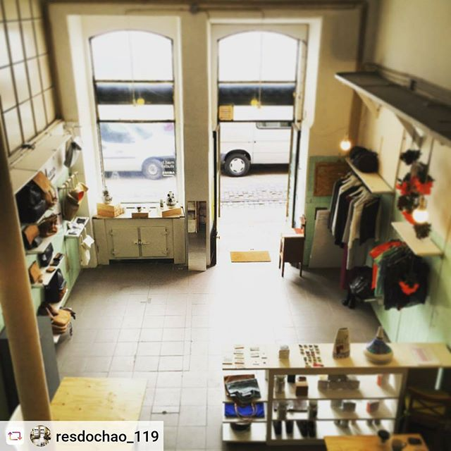 @resdochao_119 #inspiring #shop #urban #regenaration #downtown #citycentre #local #commerce #flexible #retail #popup #empty #groundfloor #activate #social #economic #development #publicspace #streetscape