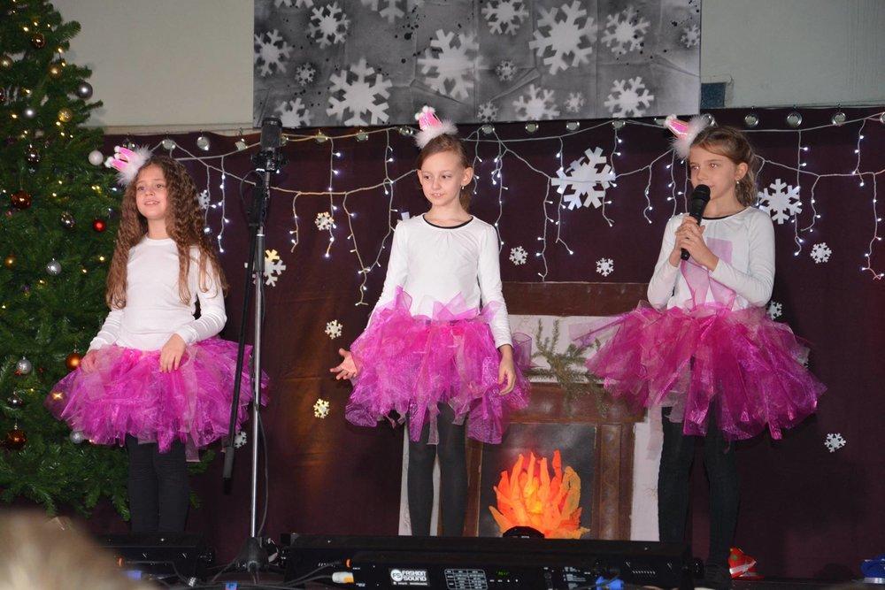 Vianočný večierok Y 1-2