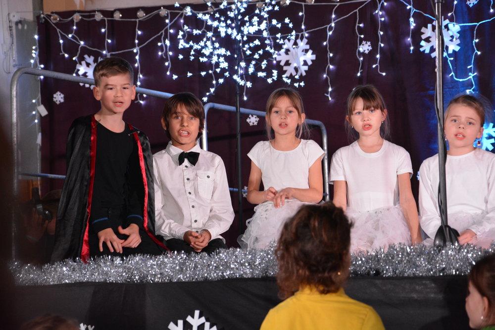 Vianočný večierok Y 3-4, 5.B