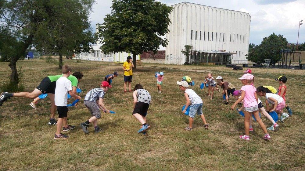 frisbee games3.jpg