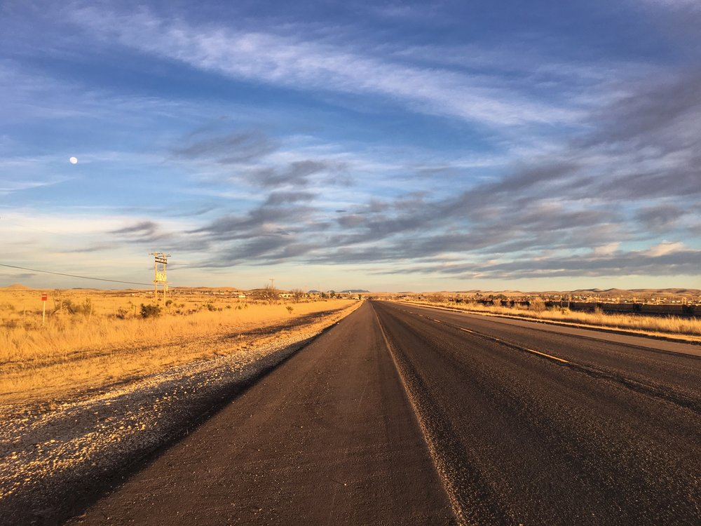 road-to-nowhere-west-texas.jpg