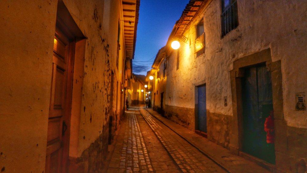 streets-of-san-blas-cobblestoen-peru.jpg
