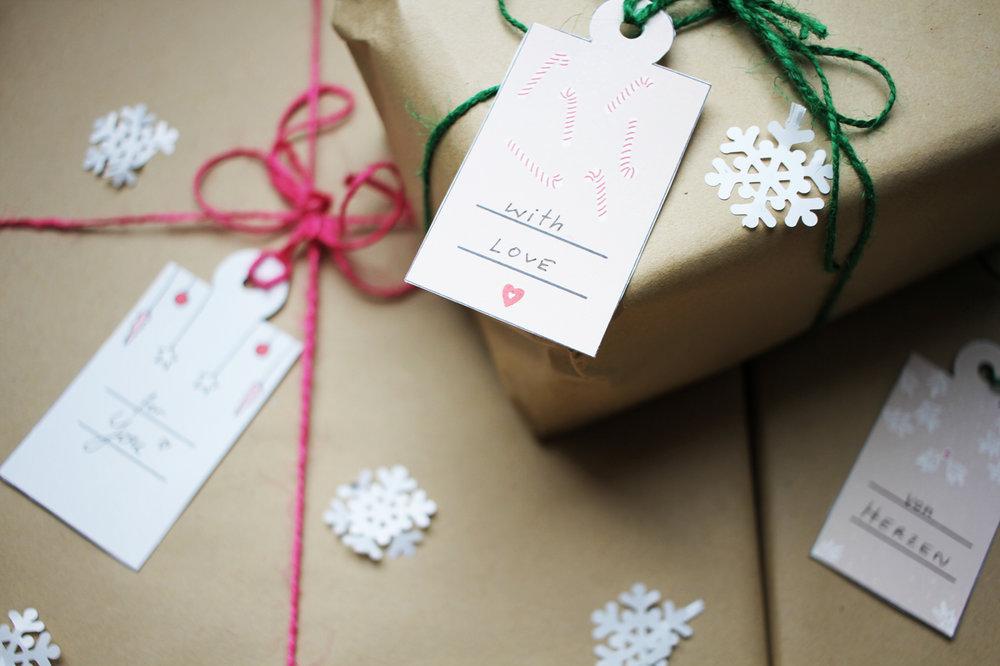 Christmas_gift_tags.jpg