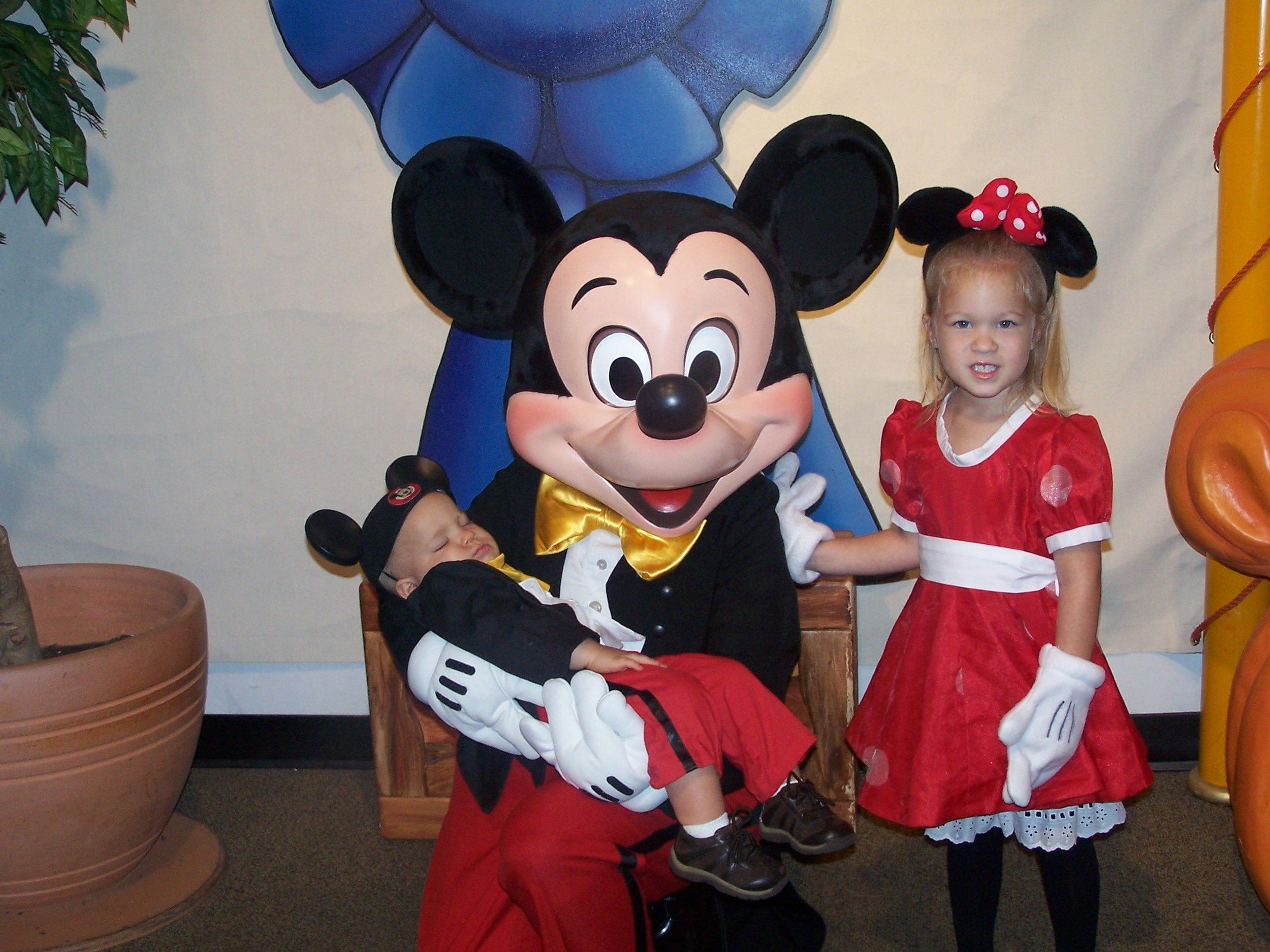 Disney_2004