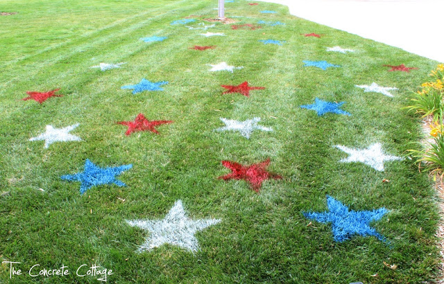 Fourth of July Decor Painted Lawn Stars 3.jpg