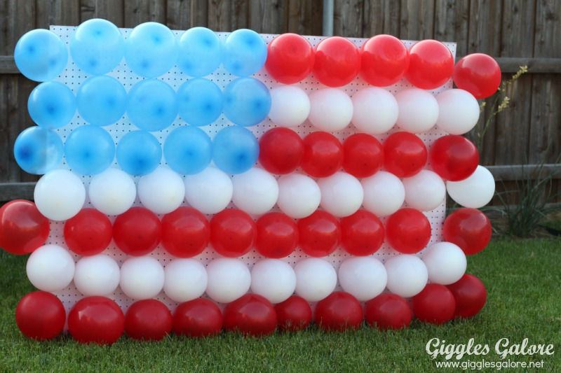 4th-of-July-Balloon-Dart-Game.jpg
