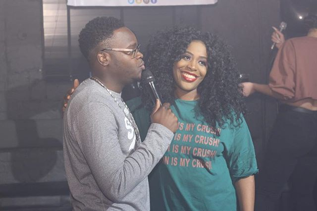 @ni_siofficial after wowing the crowd with her performance @kingjonescomedian doing what he does best 🎥 by @tionnerm1 . . . . . #hello #hi #comedy #laughter #music #biggieday #liveperformance #skysthelimit #creative #urbanxtratakeover #rnb #lifestyle #like4like