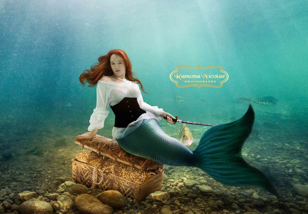 Underwater photoshoot in Myrtle Beach Mermaid by Ramona Nicolae Photography