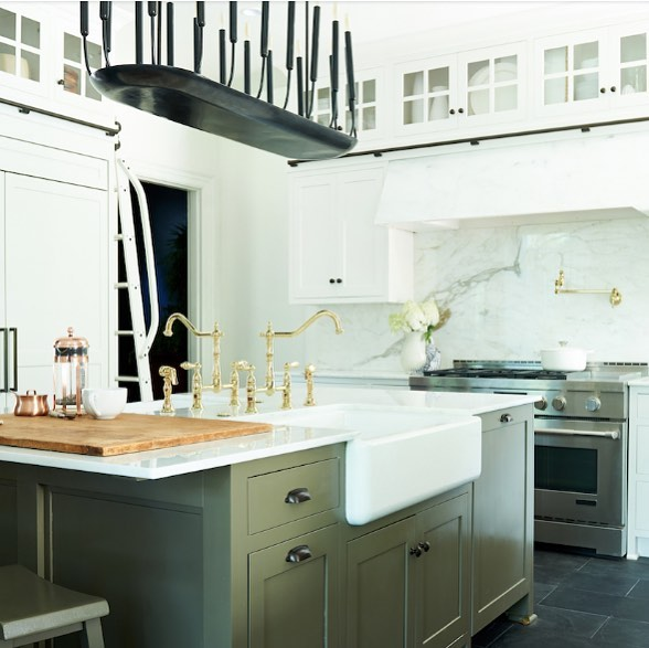 We wish we were sipping our coffee in this stunning Pittsburgh kitchen by @leannefordinteriors. That marble hood! • • • Photo by: @alexandraribar Design by: @leannefordinteriors  #interiordesign #kitchengoals #kitcheninspo #kitchendesign #kitchensofinstagram #interiorstyling #lovewhatyoudo #coffee #javajavajava #morninginspo #chicago #chicagoland #restoredwiththefords #pittsburgh #pittsburghhomes #marble #marblekitchen