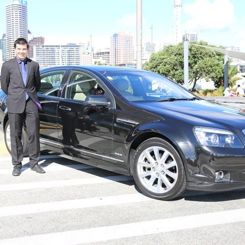 Ezy-Driver-Auckland-Caprice-Limousine-1.jpeg