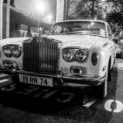 Ezy-Driver-Auckland-Rolls-Royce-Car-Hire-700x400.jpg