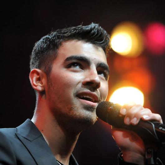 Joe-Jonas.jpg