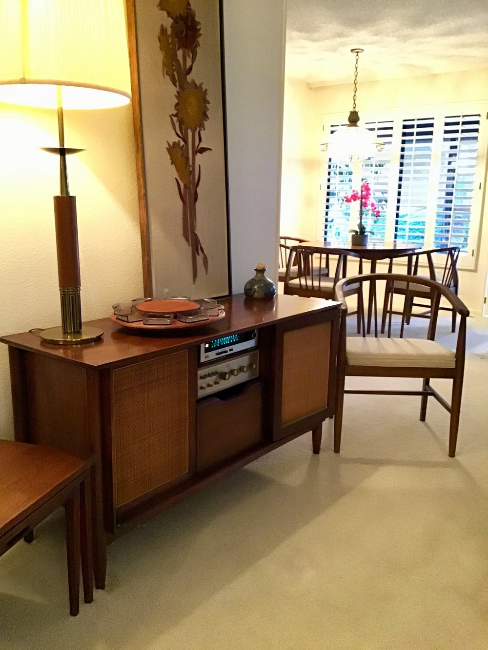Rancho Bernardo Estate Sale - 12787 Camino EmparradoSan Diego, CA 92128Sat Dec 8 • 8am - 2pmSun Dec 9 • 8am - 1pmDescription: If Mid-Century modern furniture is your thing, this is the sale for you! Two dining table sets, Pristine Ampex stereo cabinet, Mid-Century lamps & art. Tommy Bahama buffet. Fully stocked kitchen including food processor's, mixers, gorgeous plate ware, glassware, & kitchen gadgets galore. Like new leather couch set. Closets full of designer clothes, purses & shoes. A garden of flower pots, benches, & patio furniture.