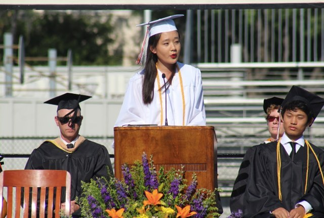 """Stop living for each weekend...those are literally only 20 percent of your life. Live more, live better!"" 🌟 Wise words from Kate, South Pasadena High's 2018 Valedictorian  #studentsofdecodedprep #southpasadena #southpasadenahighschool #valedictorian #asb #nationalmeritscholar #decodedprep #testprep #bepresent #girlswholead @decodedprep"