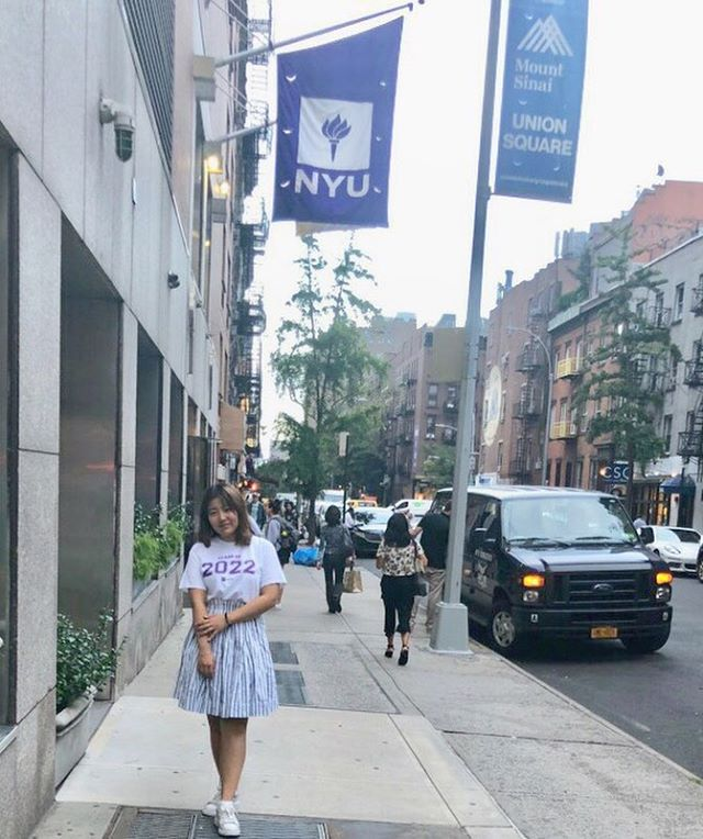 One month in @nyuniversity and still going strong! Go Victoria! 🍎🏙 **************************************************** #studentsofdecodedprep #decodedprep #testprep #nyu #freshman #collegeadmissions #collegelife #newyorkcity #nyc