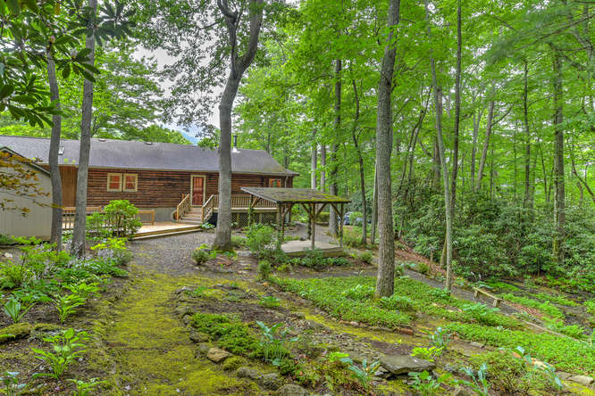 Make an offer on this home-small-009-10-Exterior  Back-666x444-72dpi.jpg