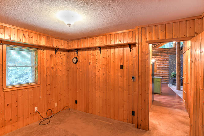 Make an offer on this home-small-018-29-Bedroom-666x444-72dpi.jpg