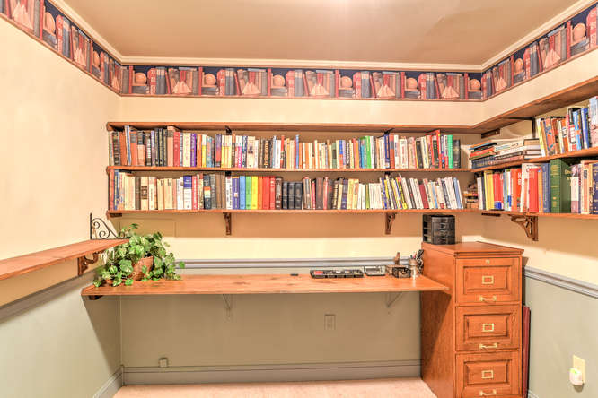 Make an offer on this home-small-028-25-Library-666x444-72dpi.jpg