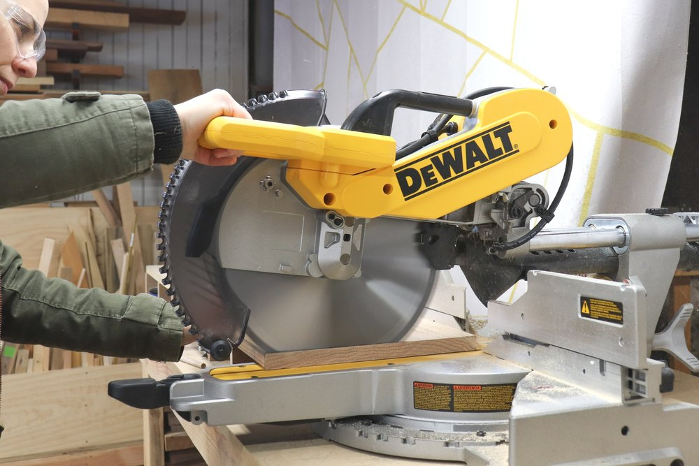 DEWALT 12 in. Miter Saw