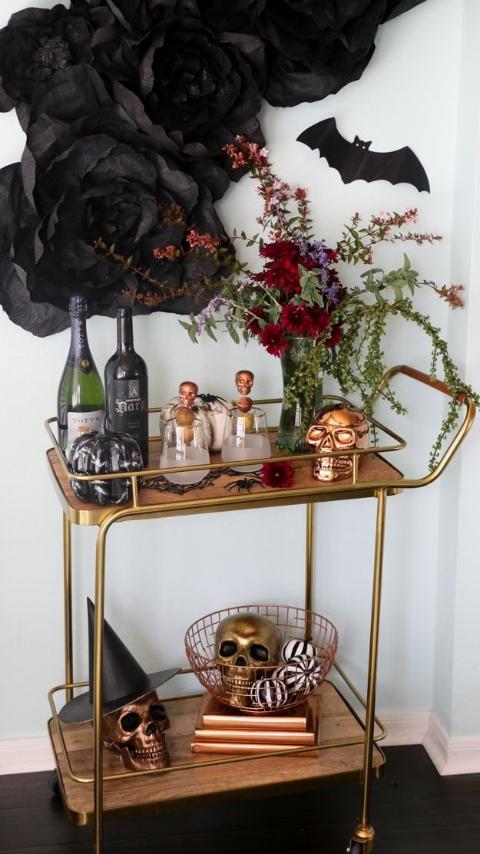 32496daf8e6a79d1de5c432431d7b735--holidays-halloween-halloween-decorations.jpg