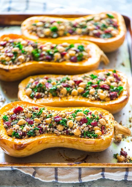 Stuffed-Butternut-Squash-with-Quinoa.jpg