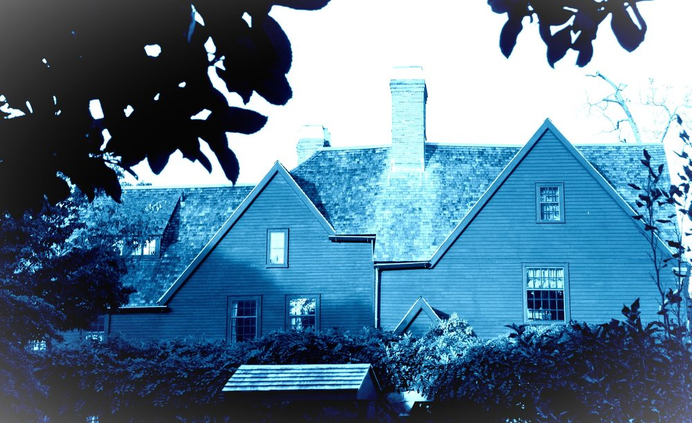 The House of the Seven Gables via  Peter Eimon . Derivative.
