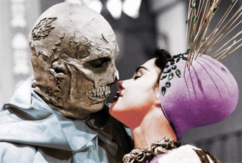 Price is an excellent kisser as Dr. Phibes Via  Dr. Gaillo