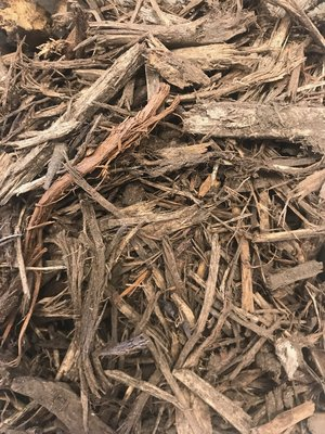 HARDWOOD MULCH   Hardwood mulch is fibrous and knits together well which inhibits soil erosion and weed germination while retaining moisture. Hardwood mulch is often made of oak but may be compiled of a mixture of hardwoods.