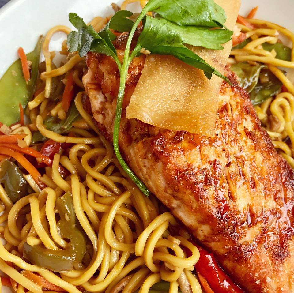 Seared Salmon Lo Mein