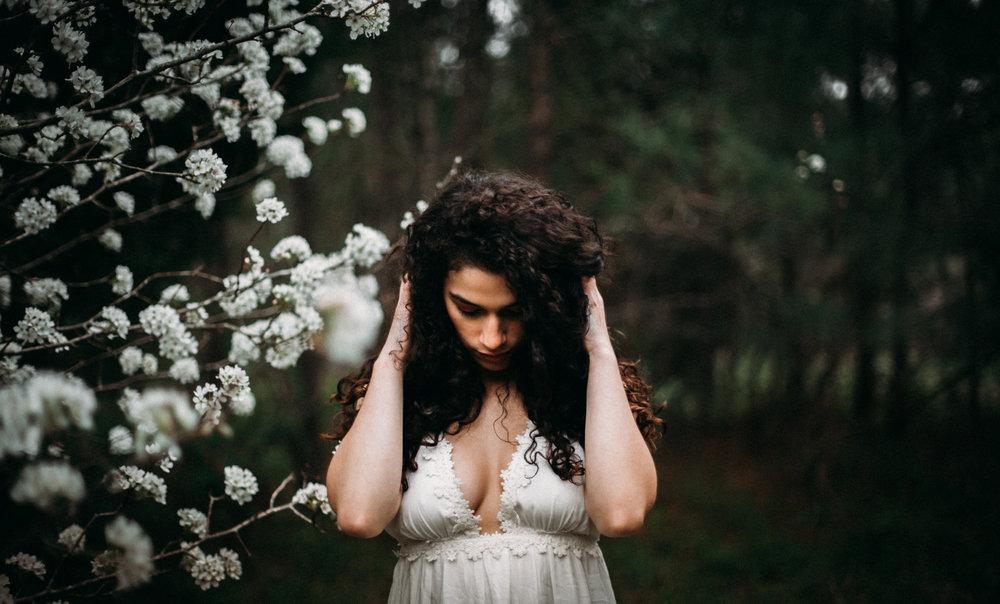 Jessica.VirginiaBeach.Virginia.Boudoir.emotivestorytelling-30.JPG