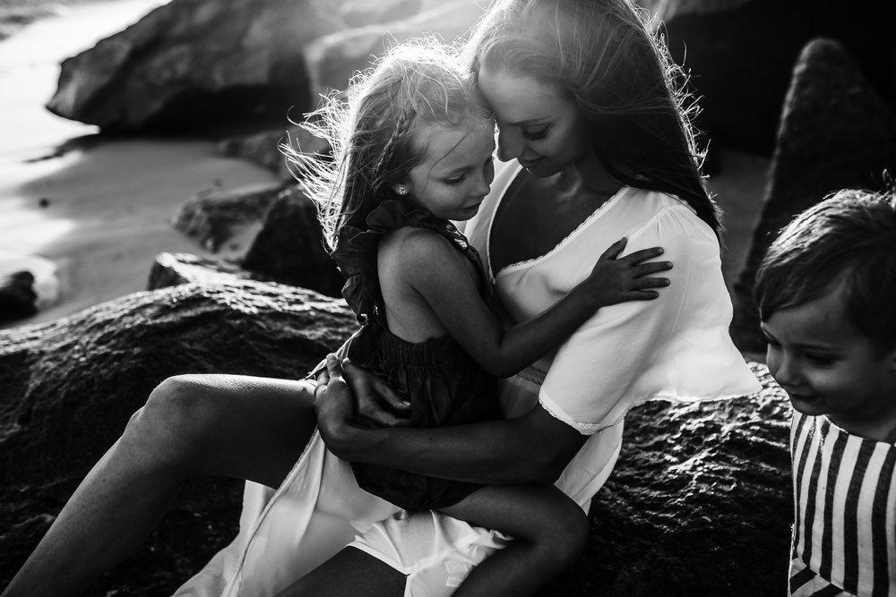 emotionstorytelling.familyphotography.fortpierce.florida.virginiaweddingphotographer.beach.Fortpierceinletstatepark-19.jpg