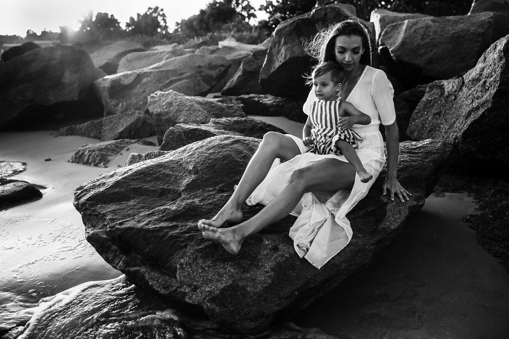 emotionstorytelling.familyphotography.fortpierce.florida.virginiaweddingphotographer.beach.Fortpierceinletstatepark-23.jpg