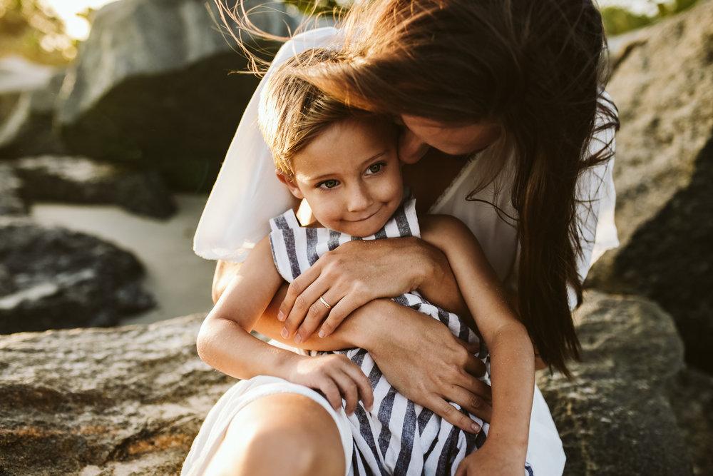 emotionstorytelling.familyphotography.fortpierce.florida.virginiaweddingphotographer.beach.Fortpierceinletstatepark-31.jpg