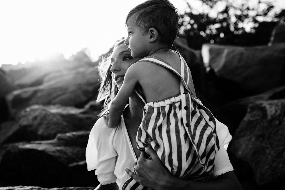 emotionstorytelling.familyphotography.fortpierce.florida.virginiaweddingphotographer.beach.Fortpierceinletstatepark-34.jpg