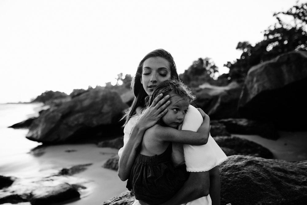 emotionstorytelling.familyphotography.fortpierce.florida.virginiaweddingphotographer.beach.Fortpierceinletstatepark-58.jpg