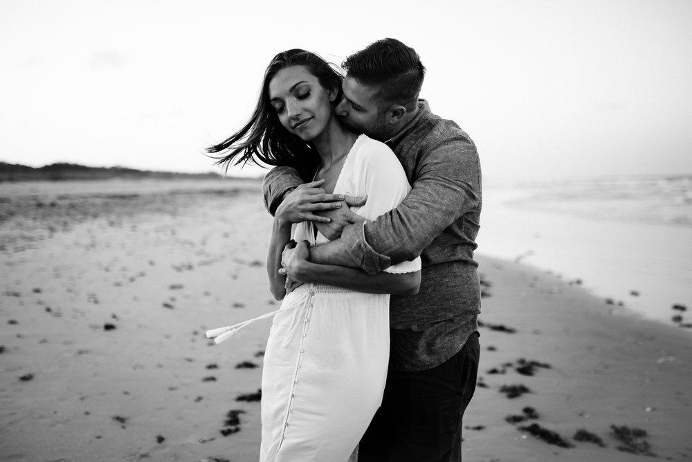 emotionstorytelling.familyphotography.fortpierce.florida.virginiaweddingphotographer.beach.Fortpierceinletstatepark-97.jpg