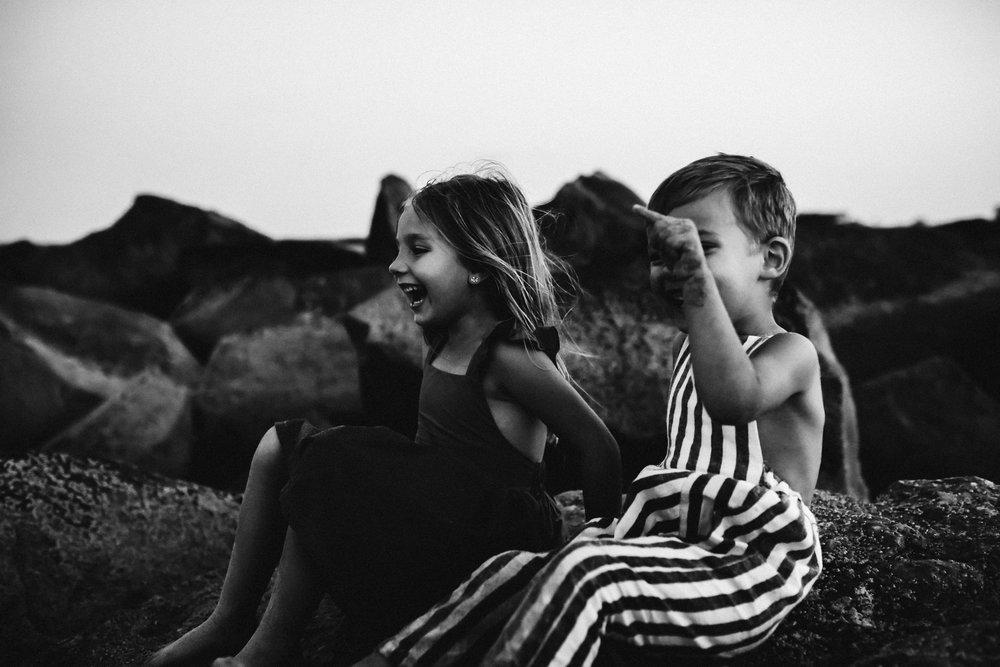 emotionstorytelling.familyphotography.fortpierce.florida.virginiaweddingphotographer.beach.Fortpierceinletstatepark-116.jpg