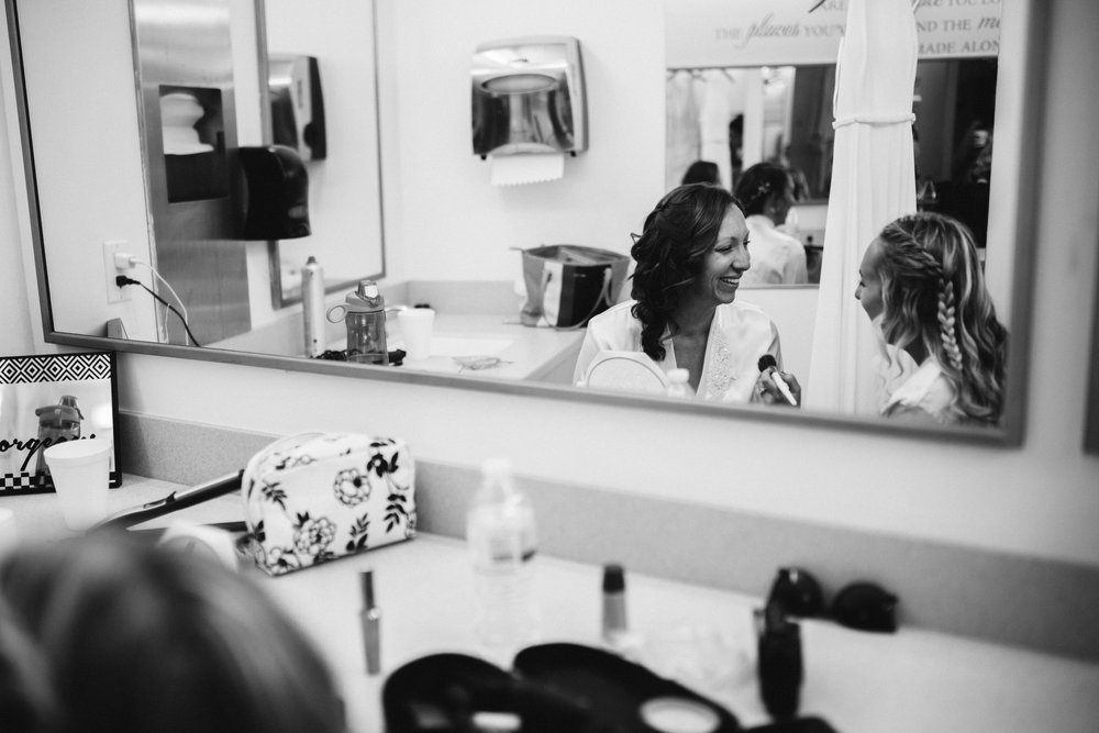 susanandkennethdorswitt.virginiaMOCA.virginiabeach.virginia.rebeccaburtphotography.art.wedding-10.jpg