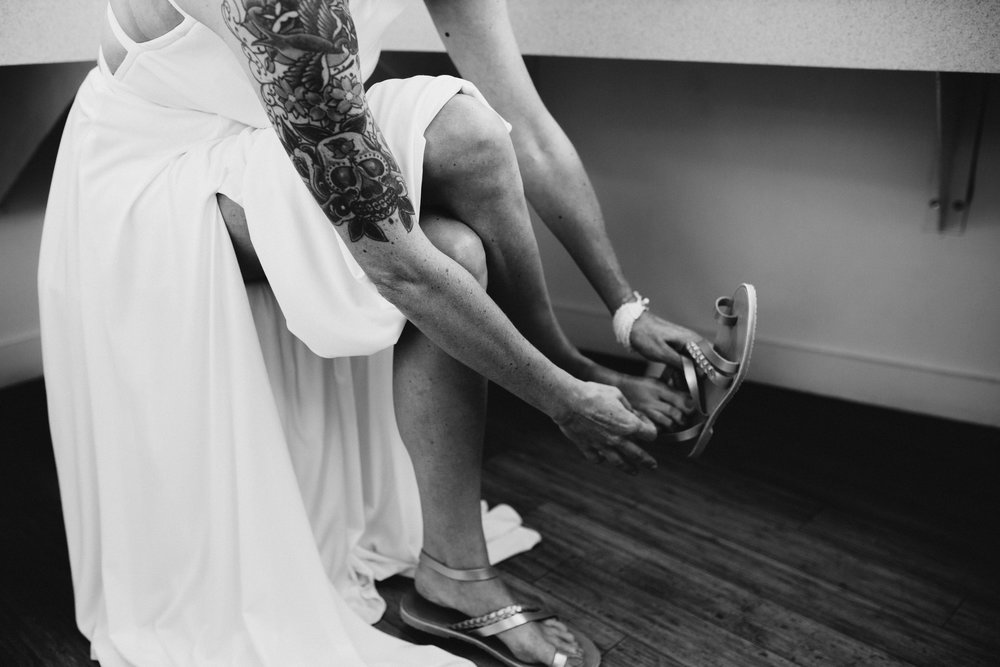 susanandkennethdorswitt.virginiaMOCA.virginiabeach.virginia.rebeccaburtphotography.art.wedding-45.jpg