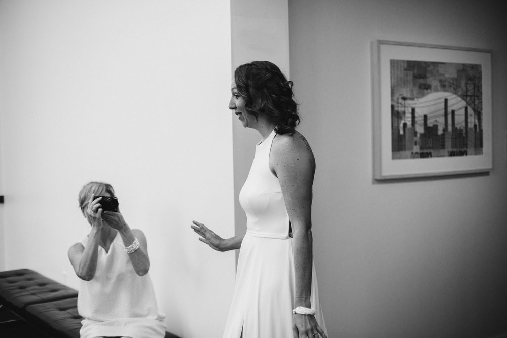 susanandkennethdorswitt.virginiaMOCA.virginiabeach.virginia.rebeccaburtphotography.art.wedding-58.jpg