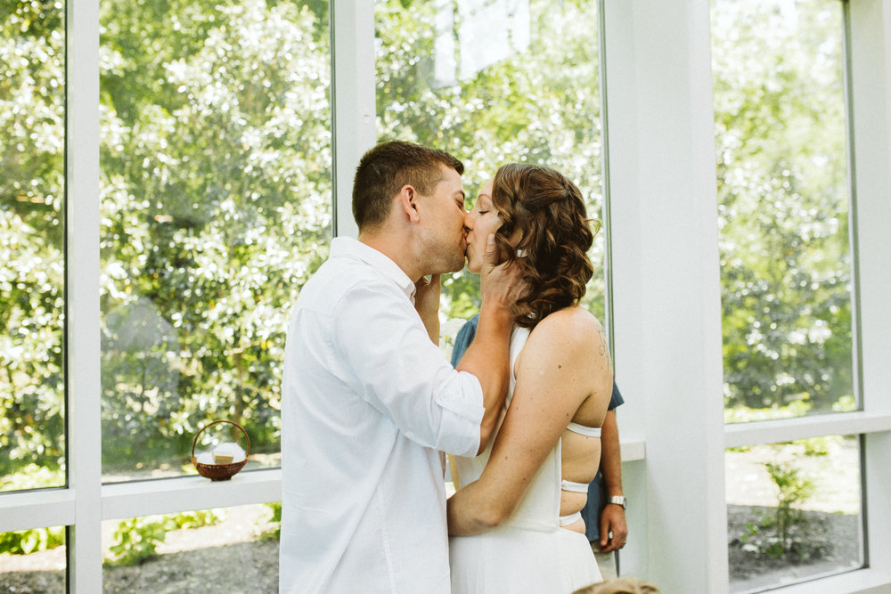 susanandkennethdorswitt.virginiaMOCA.virginiabeach.virginia.rebeccaburtphotography.art.wedding-87.jpg