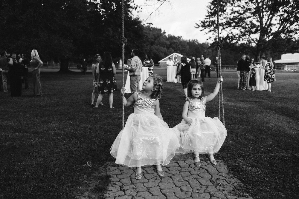 mollyandorrey.waverlyestatebedandbreakfast.lunenburgwedding.rebeccaburtphotography-73.JPG