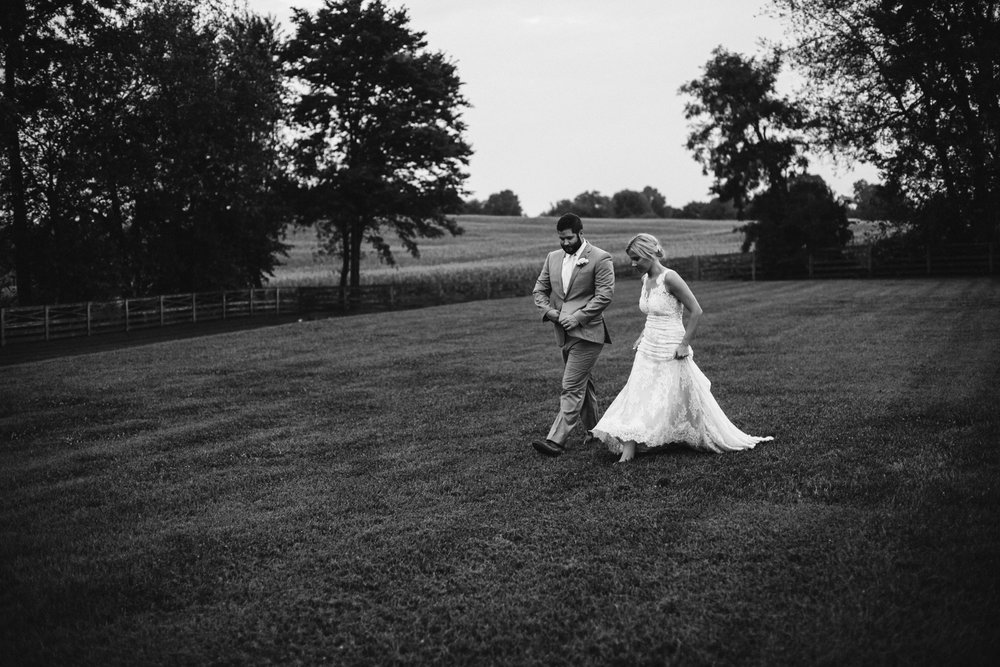 rebeccaburtphotography.walkersoverlook.frederickmarylandweddingphotographer-117.JPG