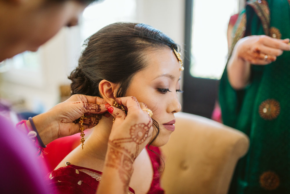 rebeccaburtphotography.hindiwedding.moraisvineyards.virginiawedding-25.JPG