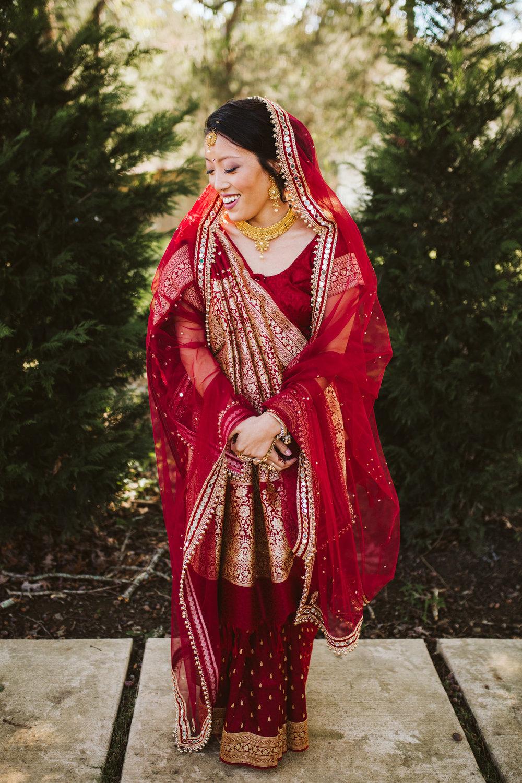 rebeccaburtphotography.hindiwedding.moraisvineyards.virginiawedding-51.JPG