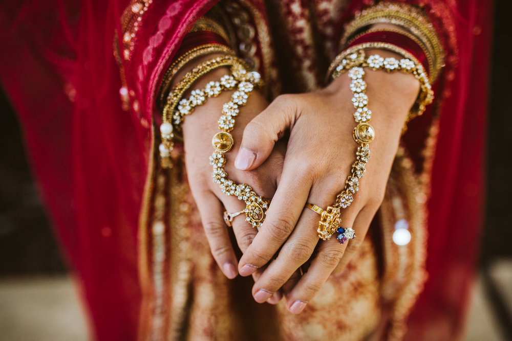 rebeccaburtphotography.hindiwedding.moraisvineyards.virginiawedding-54.JPG