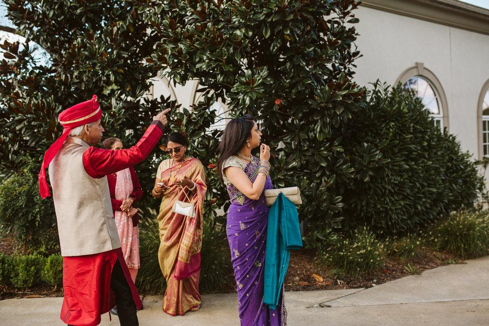 rebeccaburtphotography.hindiwedding.moraisvineyards.virginiawedding-61.JPG