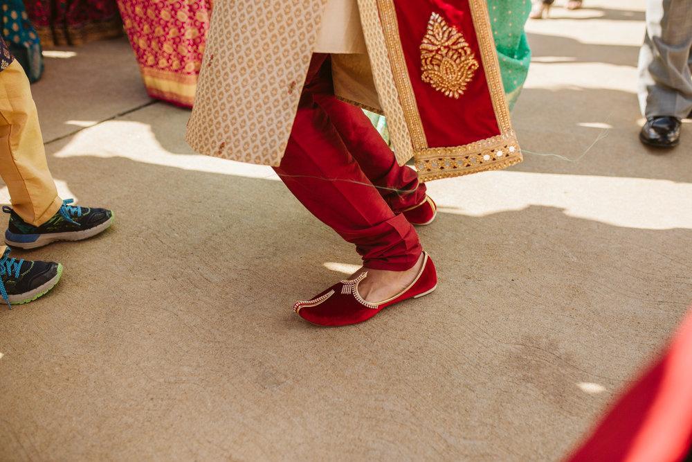 rebeccaburtphotography.hindiwedding.moraisvineyards.virginiawedding-104.JPG