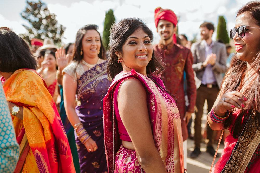 rebeccaburtphotography.hindiwedding.moraisvineyards.virginiawedding-109.JPG